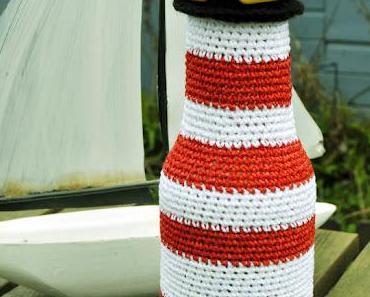PET-Flasche recycelt: der Häkel-Leuchtturm
