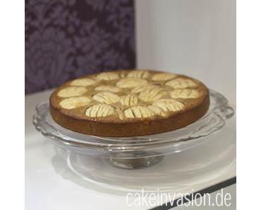 ~ Apfelkuchen mit Haferflocken (vegan, laktosefrei) und ein zersprungener Tortenständer :'( ~