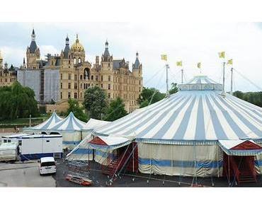 Kunstgenuss mit Risiko: Oper im Zelt