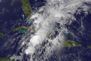 System 94-L (potentiell Tropischer Sturm BERYL) bei Kuba, Florida und den Bahamas