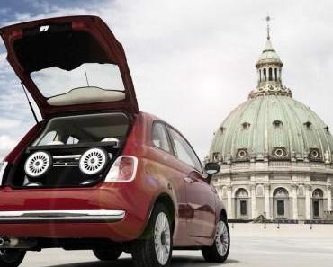 Kinderwagen im Design des Fiat 500