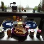 Von Küchen, Esstischen und Mahlzeiten im Freien