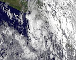 Tropischer Sturm (pot. Hurrikan) CARLOTTA zieht wahrscheinlich nach Acapulco
