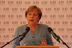 Gipfel der Unverschämtheit!  Rating Agentur stuft Deutschland herab
