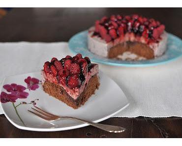 Beeren-Mousse-Torte