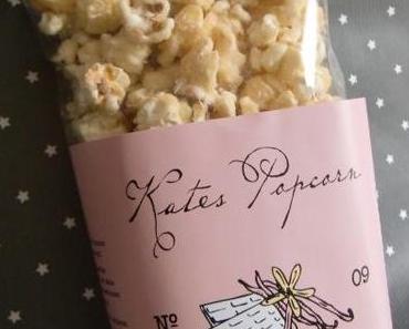 Nach Supermarkterkundung mit Neu-Entdeckung zurückgekehrt: Kates Popcorn!