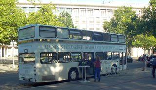 Omnibus für direkte Demokratie in Hannover (August 2012 bei Democracy in Motion)