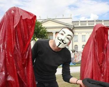 "Occupy Kassel ""Documenta City"" – Mystical contemporary art sculptures by Manfred Kielnhofer"