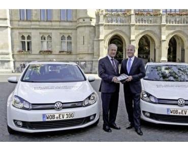Fünf Golf Blue-e-Motion mobilisieren das niedersächsische Schaufenster für Elektromobilität