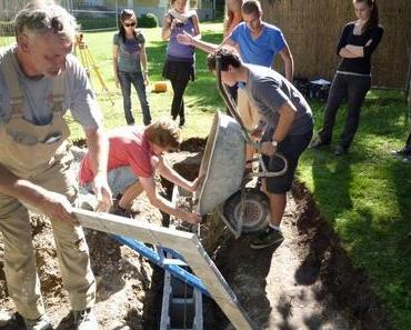 Im Projektseminar – Schülerinnen und Schüler erlernen und erleben das Bauen mit Lehm