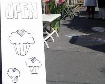 [PonyHütchen] Wiedereröffnungsparty - Cüpli & Cupcakes!