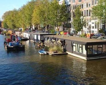 Die Hausboote in Amsterdam