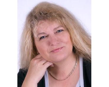 3 Fragen an Margot S. Baumann, das literarische Interview