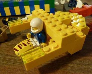Adventskalenderfenster Nr. 6: ständiger Spielbegleiter LEGO