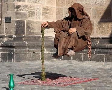 Mineralölfreier ADVENTKALENDER. 13. Dezember: Der schwebende Mönch