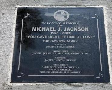 Opis None: Neuer Song von Michael Jackson?!