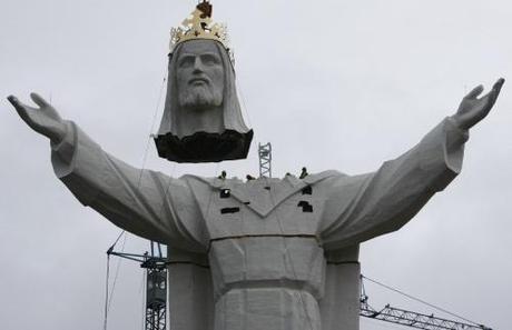Größte Christus-Statue der Welt fertiggestellt