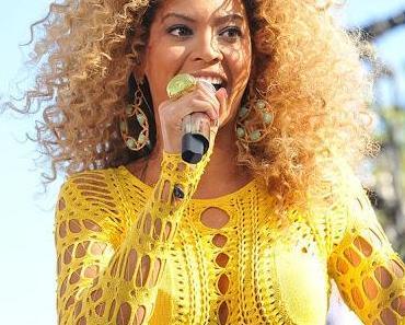Beyonce verblüfft Anwesende bei der Super Bowl Pressekonferenz