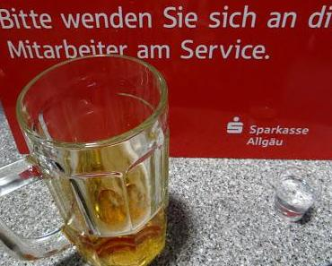 Kreppelmonster erstürmt Füssener Sparkassengebäude!