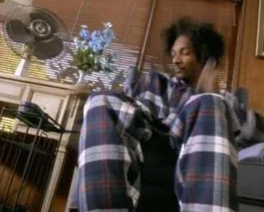 "Snoop Doggy Dogg – ""Gin & Juice"" [Classic]"