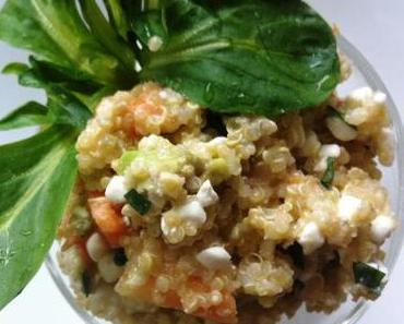 Quinoa-Salat mit Avocado und Papaya