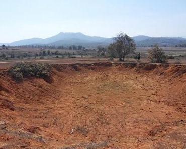 Reisereportagen: Plain of Jars - Bomben über Laos