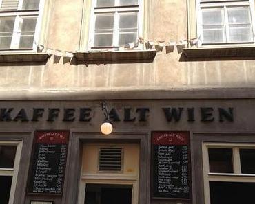 Im Kaffeehaus.