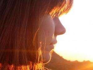 Ein Gesicht wie von der Sonne gemalt