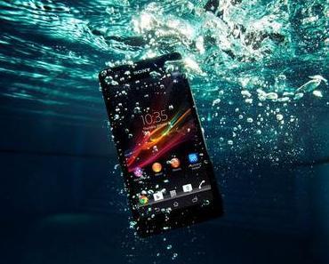 Staub- und wasserdicht: Sony Ericsson ZR Smartphone