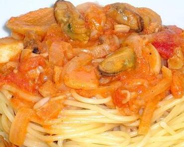 Spaghetti con frutti di mare [Food Corner]