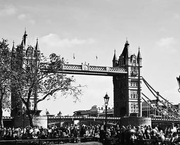 Traveling to London Part II  The Tower of London, Tower Bridge und Perkin Reveller