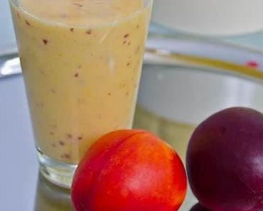 Für heiße Tage: Mango-Nektarinen Milchshake
