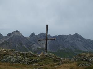 Eine herrliche Tour am Arlberg über drei aussichtsreiche Gipfel