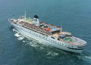 die auch in Deutschland recht bekannte MS Funchal wurde in Göteborg an die Kette gelegt!