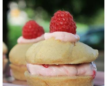 Gefüllte Himbeer-Muffins