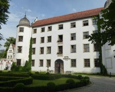 Ritterschloss in Pommern – Hotel Schloss Podewils in Krangen (Kragu)