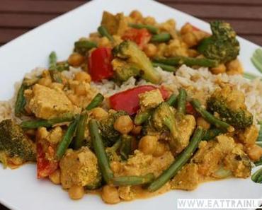 Schnelles, veganes Curry mit Tofu und grünen Bohnen