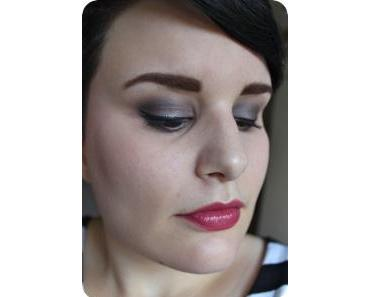FOTD #69 smoked berry, books & bla