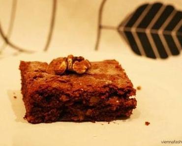Schoko-Brownies mit Walnüssen