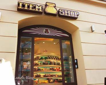 Item Shop München, Merchandising - Service & Comicbuchladen
