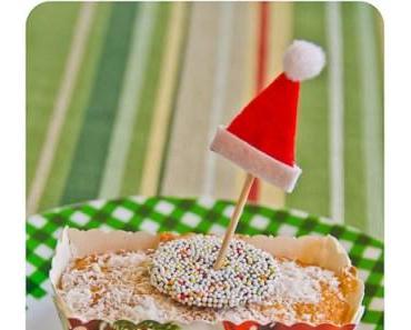 Der Nikolaus hat Mini-Cakes mit Kokos-Schnee gebacken