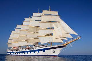 """Kreuzfahrt: Yoga-Training auf weltweit größtem Passagier-Segelschiff -Yoga-Kurse während der Atlantikpassage mit der """"Royal Clipper"""""""