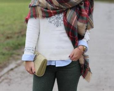 OUTFIT: CHRISTMASSY.