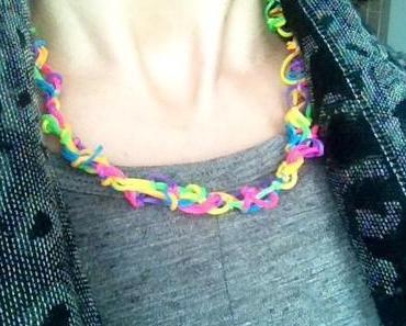 Rainbow Looming: Schmuck in allen Farben