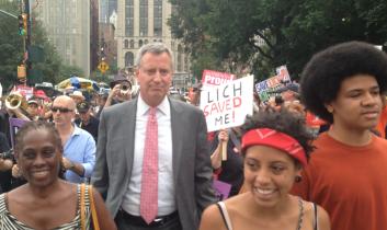 """Jetzt kommt Bill de Blasio: """"Occupy""""-Bürgermeister zieht in New Yorks City Hall ein"""