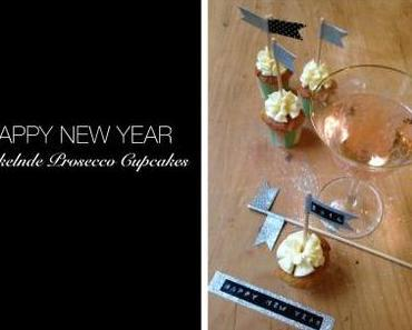 Frohes Neues Jahr • Prickelnde Prosecco Cupcakes