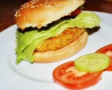 Veggie-Wednesday mit gebackenem Kichererbsen-Süßkartoffel-Burger
