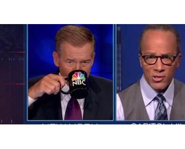 "NBC-Moderator Brian Williams rappt ""Rapper's Delight"""