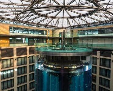 Aquadom Berlin – Heiraten im Aufzug oder Aquarium?