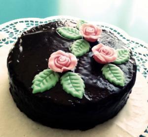 vegane Schoko-Nuss-Torte